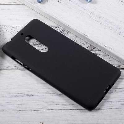 Ovitek TPU (črn) za Nokia 5