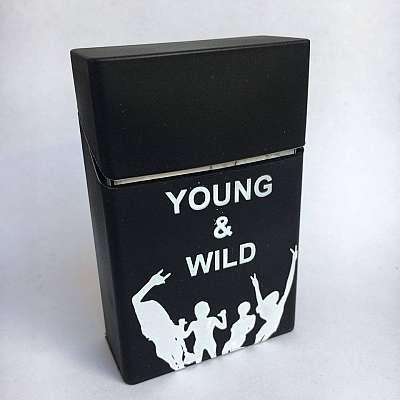 Ovitek za cigarete Young and wild